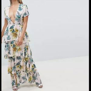 Misguided Plunge Tiered Maxi Dress